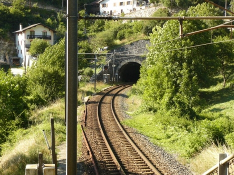 La Boucle Loop Tunnel