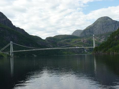 Dalsfjordbrua