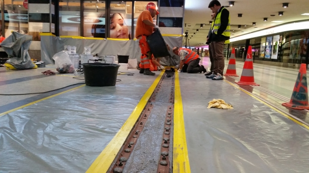 Application of a POLYFLEX®SLIM-PU joint at Zurich Central Station