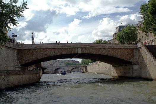 Petit-Pont, Paris