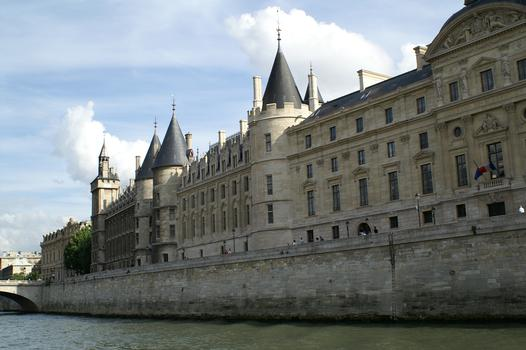 Palace of Justice, Paris