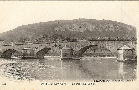 Alte Brücke in Port-Lesney