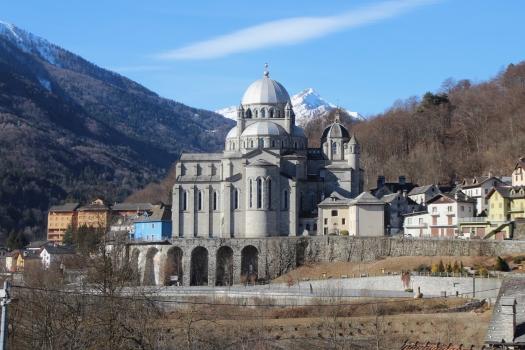 Basilica della Beata Vergine Maria del Sangue