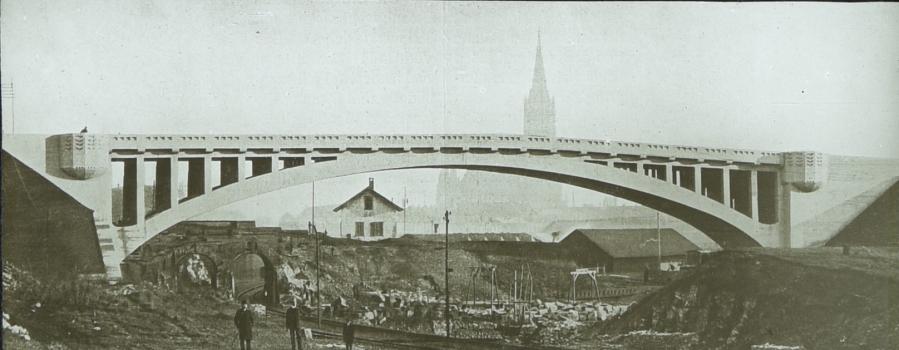 Wallstraßenbrücke