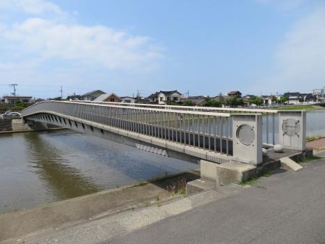 Sakata Mirai Footbridge