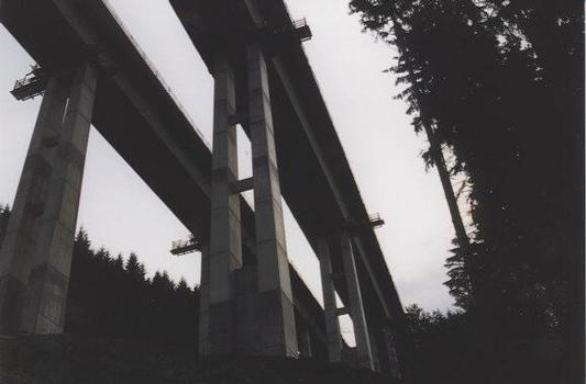 Schwarzbachtalbrücke