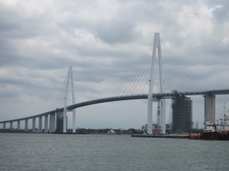 Shinminato Bridge