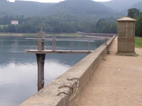 Saint-Férréol-Staudamm - Blick zur Südseite