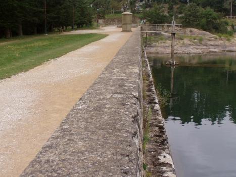 Saint-Férréol-Staudamm - Dammkrone am nördlichen Ende