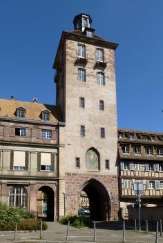Hospitalturm und -tor