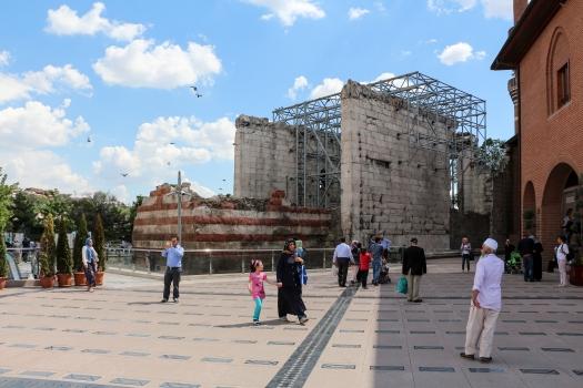 Tempel der Roma und des Augustus