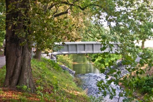 Weltweit erste Brücke aus Textilbeton im Gelände der Landesgartenschau Oschatz (Sachsen)