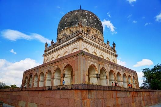 Tombe de Hayath Bakshi Begum