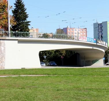 Straßenbahnbrücke über die Kryzovsky-Straße