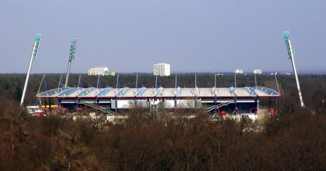 Haupttribüne im Wildparkstadion