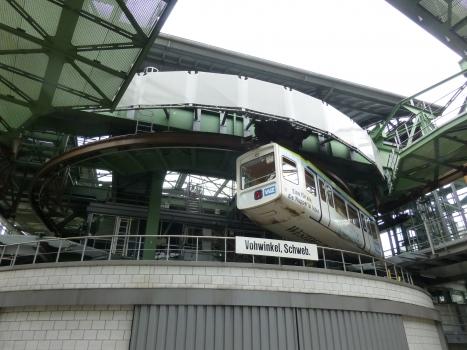 Dépot du monorail suspendu de Vohwinkel