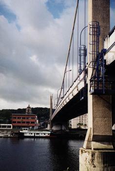 Pont suspendu d'Elbeuf (Seine-Maritime, France)