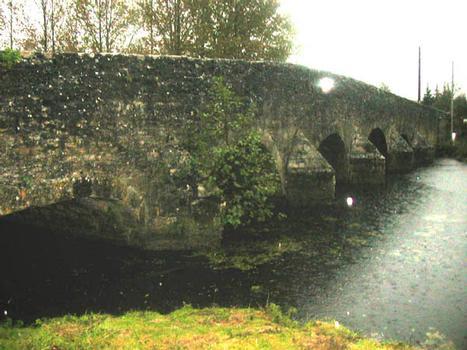 Pont de Sainte-Marie-sur-Ouche, Côte d'Or, Frankreich