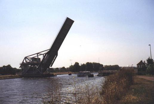 Pegasus Bridge, Bénouville (1994)
