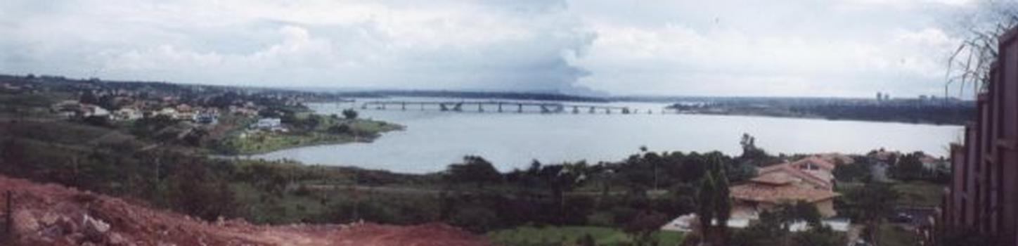 Mosteiro Bridge under construction