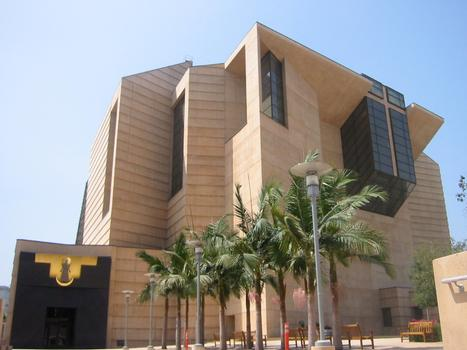 Cathedral of Our Lady of the Angels (Los Angeles, 2002)