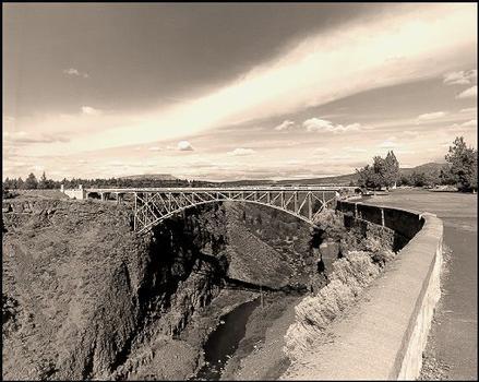 Crooked River Bridge (1926).  Courtesy of Oregon Department of Transportation