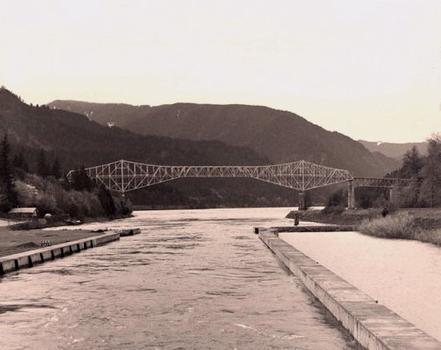 Bridge of the Gods.  Avec l'aimable permission de l'Oregon Department of Transportation