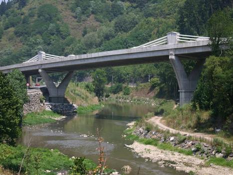 Pont sur la Deba