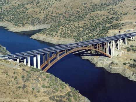 Alconétar Viaduct General view