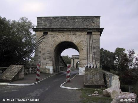 Pont de Fourques.