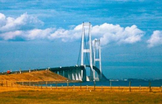 Pont sur le détroit du Grand Belt