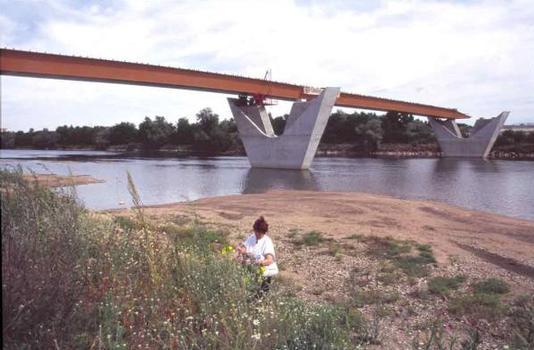 Pont de Sermoise (A77)
