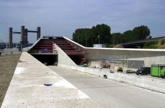 Caland-Tunnel Ostportal im Bau
