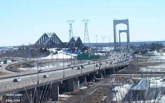 Quebec and Pierre Laporte Bridge, Québec, Canada.