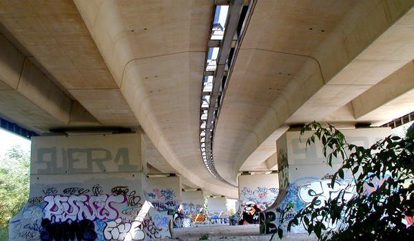 Autoroute A14 – Viadukt Mesnil-le-Roi