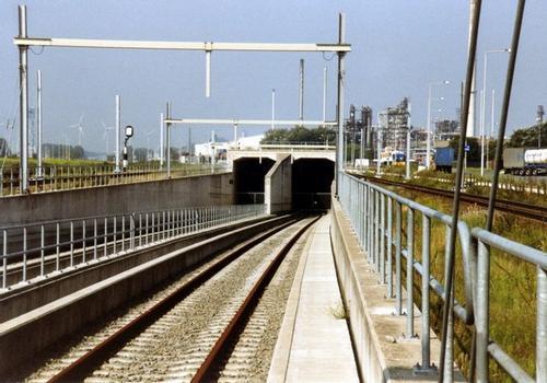 Botlek Railroad Tunnel
