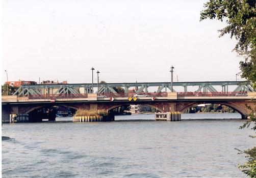 Lange Brücke, Berlin