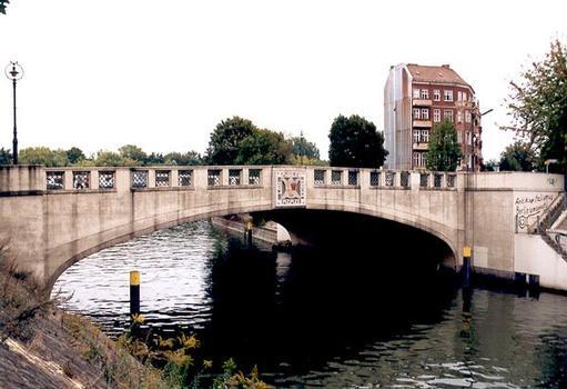 Lohmühlenbrücke, Berlin