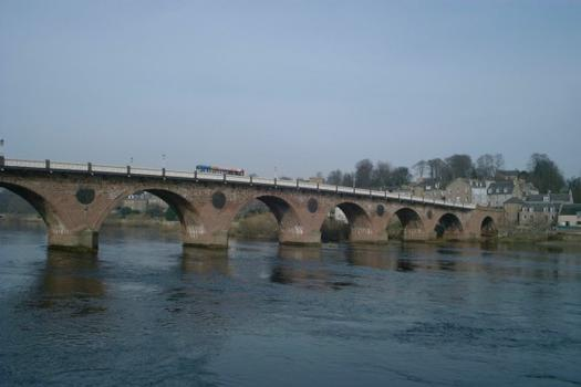 Bridge over the Tay at Perth (Scotland)