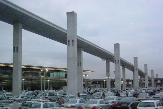 Viaduc d'accès, Aéroport Charles de Gaulle, Roissy/Paris