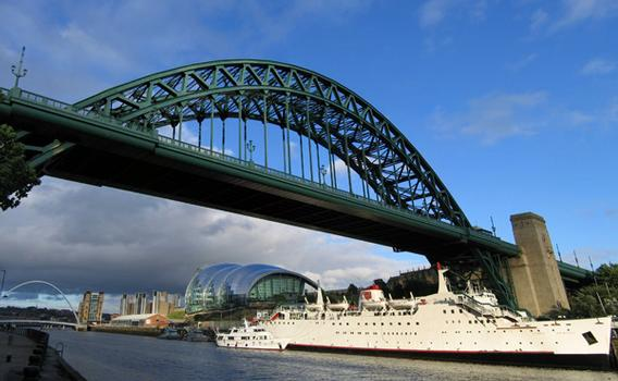 The Tyne Bridge connects Newcastle-upon-Tyne and Gateshead