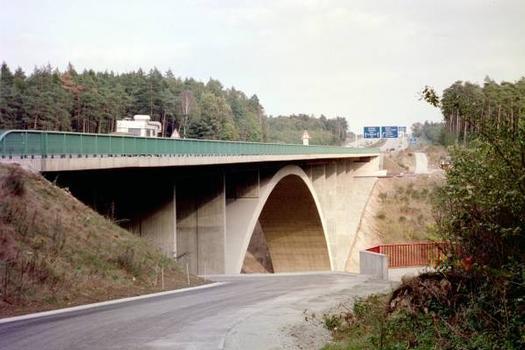 Autobahn A4 – Teufelstalbrücke, mit Aussichtspunkt ins Teufelstal