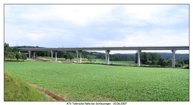 Talbrücke Nahe der A73 von der B4 gesehen