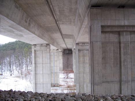Autobahn A4 Pont de Podelsatz