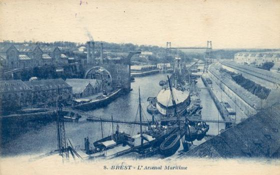 Transbordeur de Brest. Source: Carte postale de la collection privée d'Edy Pockelé