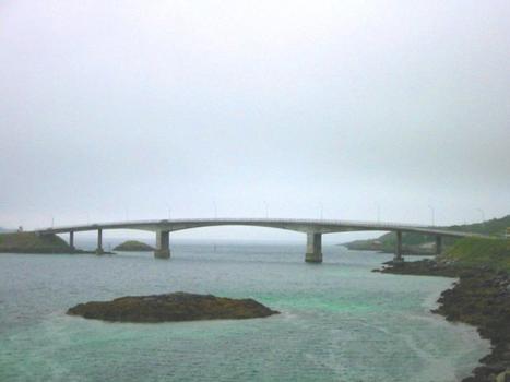 Pont de Sundklakkstraumen