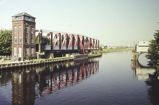 Barton Swing Aqueduct (Manchester, 1893)