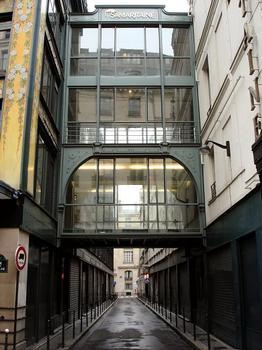 La Samaritaine, Paris 1er. Passerelle entre les Magasins 2 et 4