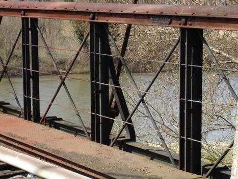 Pont suspendu de Parentignat. Plaque Arnodin