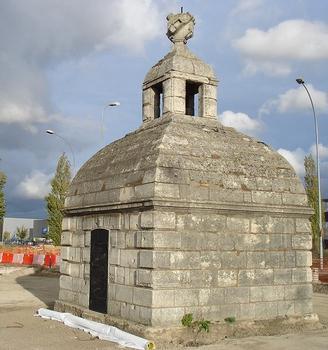 Aqueduc de Médicis. Regard III, à Fresnes (94)